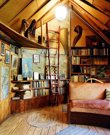 hott-librarians:  The things I would give to have a room like this in my house…