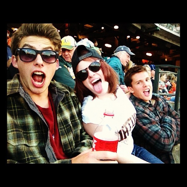 #sanfrancisco #giants #baseball #oakland #drunkasfuck #snapback #sunglasses #myself (Taken with instagram)
