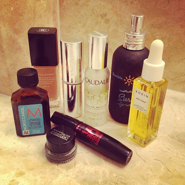 rumineely:  Travel beauty essentials (Taken with instagram)