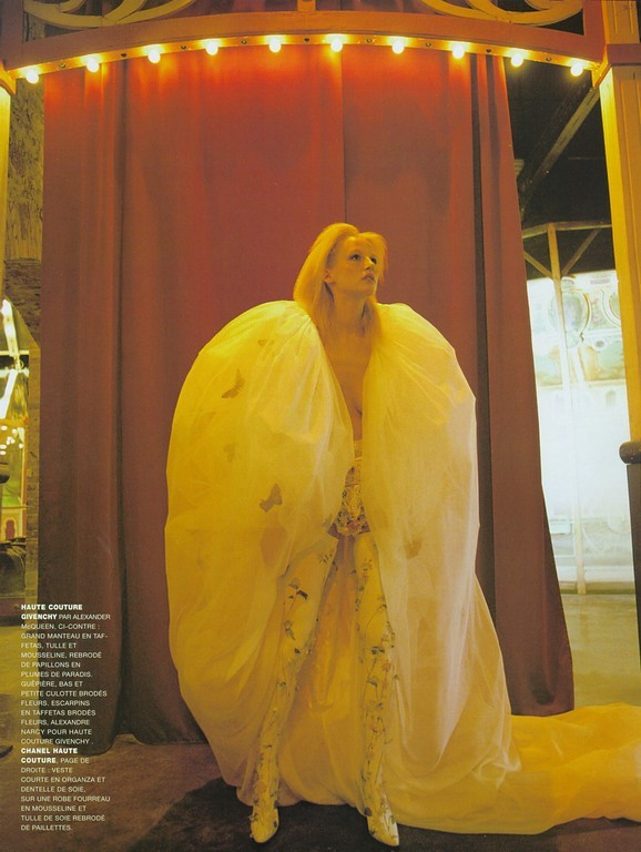 "lagrandcouturiere:  Esther De Jong in Givenchy Spring 1997 Haute Couture for ""Couture- Le Grand Nuit,"" Vogue France March 1997"