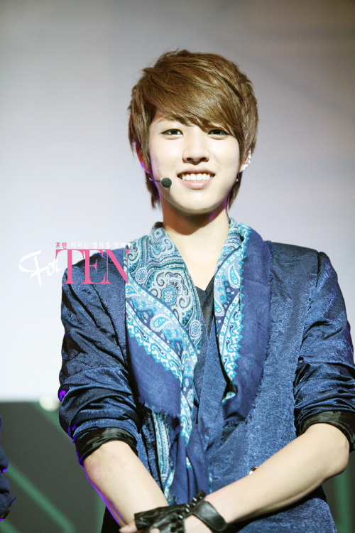 -sungyeol-:  120515 Infinitize Showcase credit: For.TEN PLEASE DO NOT EDIT/CROP OUT THE LOGO TAKE OUT WITH FULL CREDITS