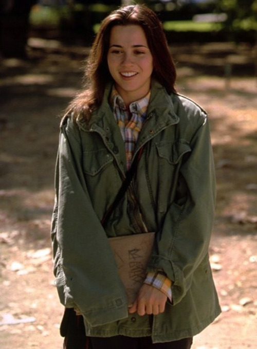 Lindsay Weir: The ultimate military jacket fashionista.  Freaks and Geeks forever.