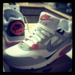 Air MAX Skylines #Nike #SHWAAAG #SWAG #SneakerHead #Shoes  (Taken with instagram)