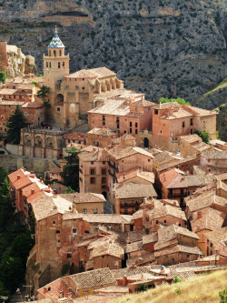 travelingcolors:  The beautiful Albarracín in Teruel, Aragón | Spain (by Kamikaze GT2)