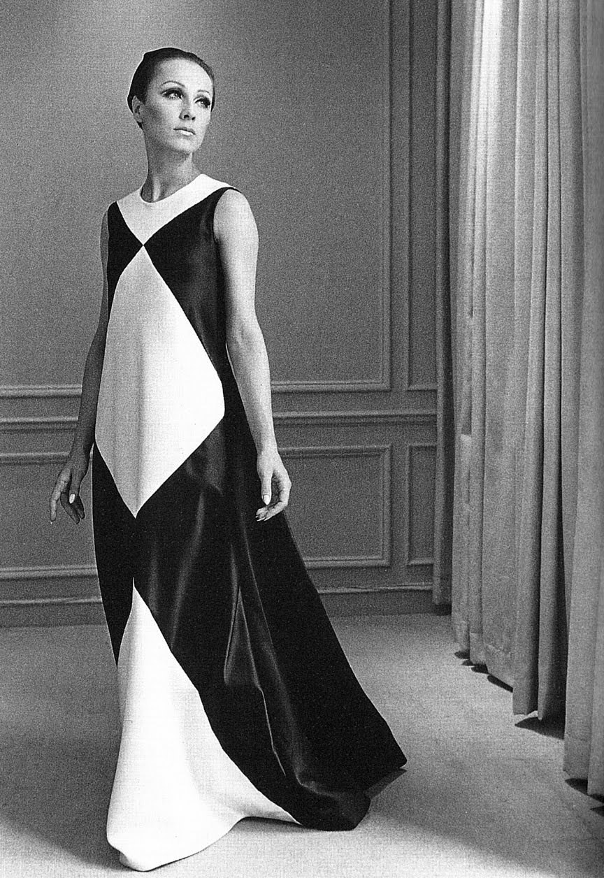 theswingingsixties:  Dress by Halston, 1960s.