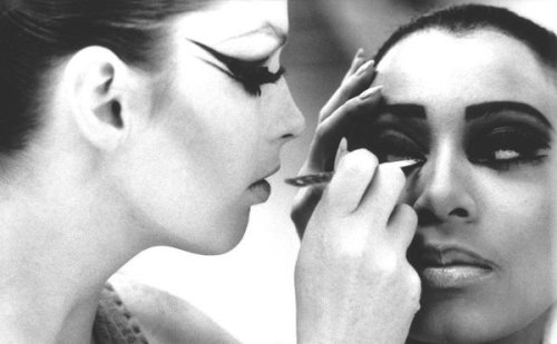 theswinginsixties Donyale Luna having her makeup done by a fellow model for a fashion show, 1960s.