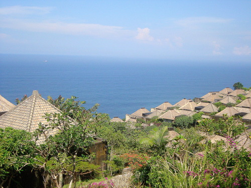 Heaven on earth :) A view from the top of Bvlgari Hotel Bali - Indonesia submitted by: fantasmastic, thanks!