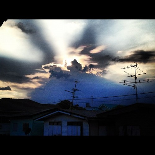 #sky#cloud#light#sunset#iphonegraphy#instamania#instamood#meijiz (Taken with instagram)