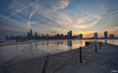 North Ave SunsetOnly Chicago, and maybe Detroit would let such a beautiful spot fall into such disrepair….sigh