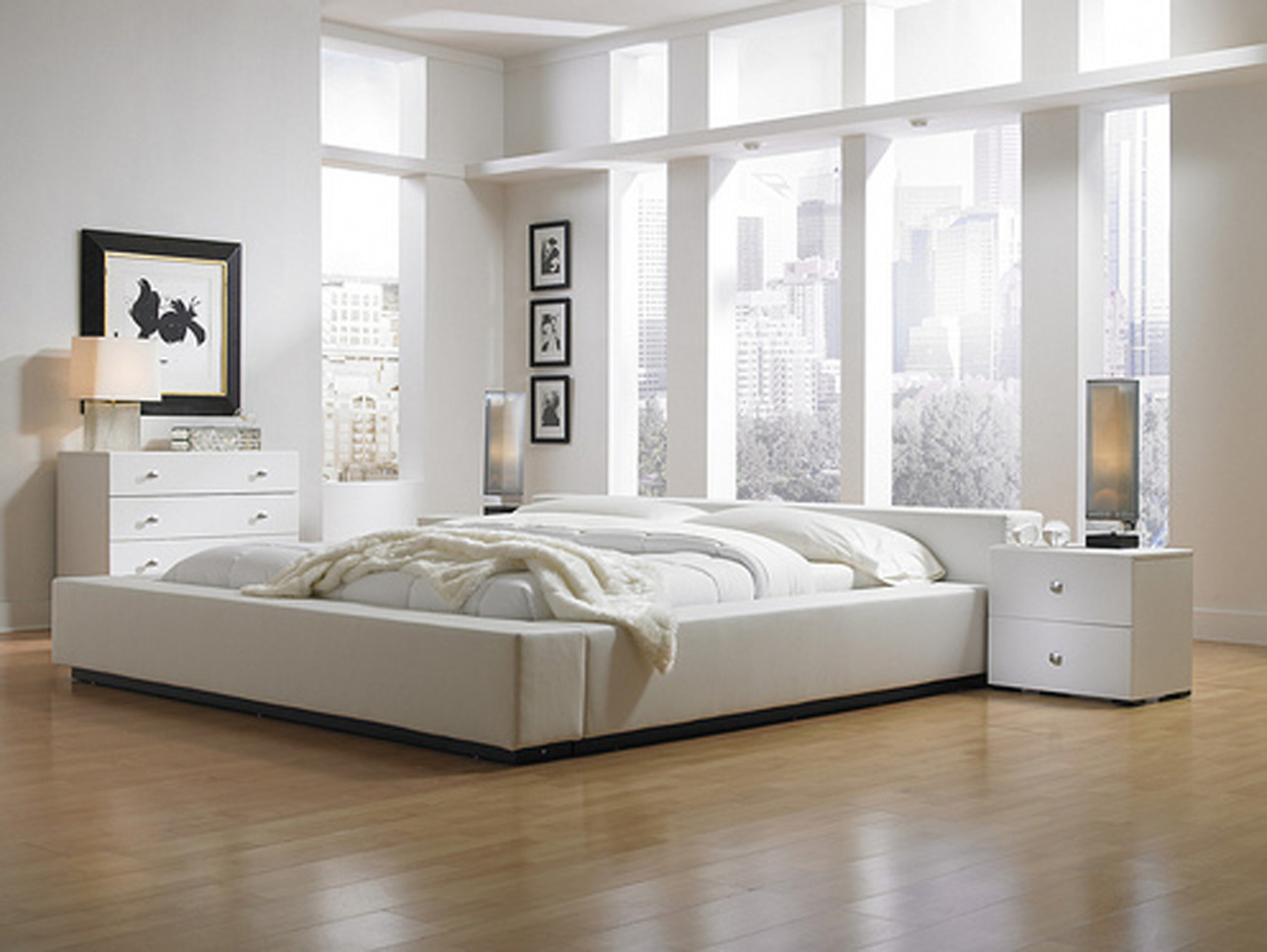 v-anillablossom:  vanillaocean:  q'd!  my future bedroom <3