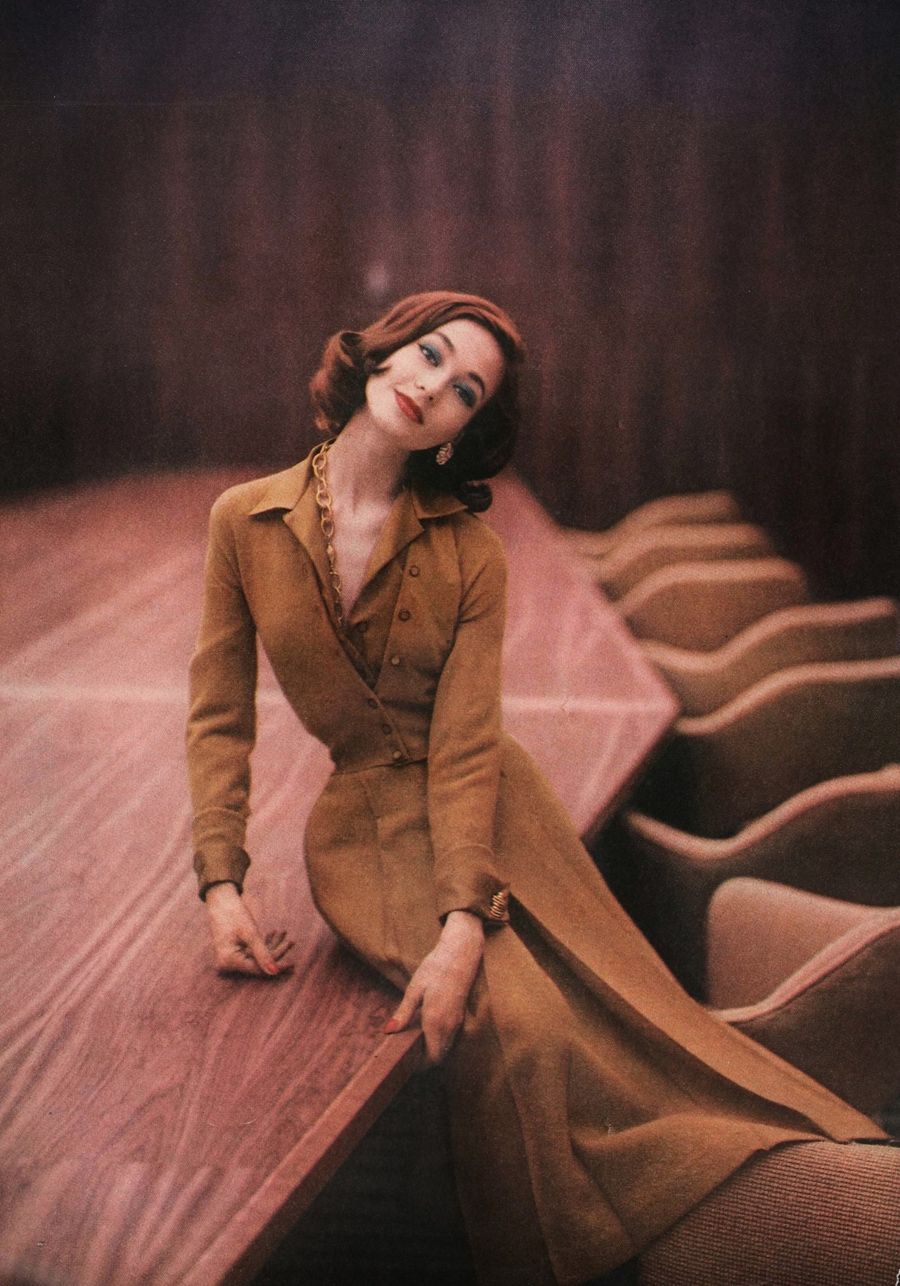 pureblyss:  iamsangsouvanh:  Vogue 1956  Wow. gorgeous.