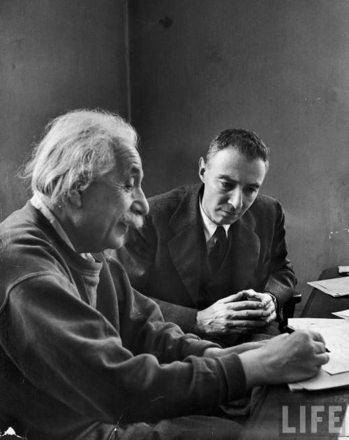 "onlyoldphotography:  Alfred Eisenstaedt: Robert Oppenheimer and Albert Einstein, 1947   ""I was so excited about photographing these two great scientists that I at first forgot to put film in my camera. When I discovered it, I sneaked out pretending that something was wrong with my camera."""