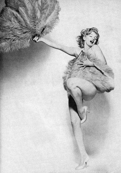 missingmarilyn:  Marilyn Monroe photographed by Richard Avedon, 1957.