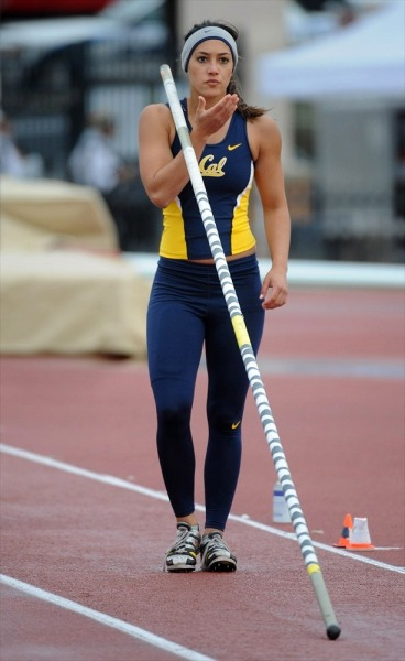 polevault:  Allison Stokke - UC Berkeley - 04-Apr-2008 81st Clyde Littlefield Texas Relays Mike A. Myers Stadium, Austin, Texas, USA  Via girlsofcollegesports