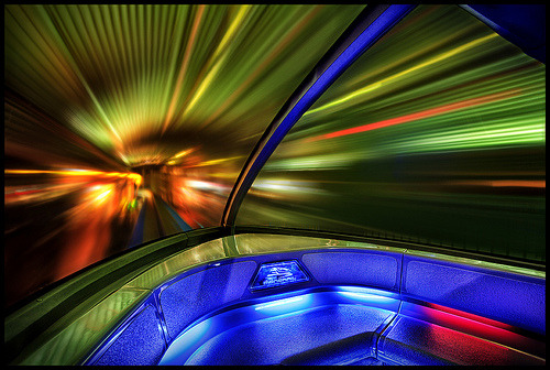 Monorail Monday; Inside Edition - Disneyland Mk VII (by Gregg L Cooper)
