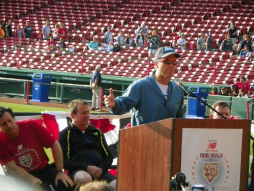 Tom Caron at the podium at #RunToHomeBase  5/20/12 @TomCaron