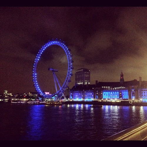London Eye at night #london #england #iconic #night #bigben #parliament #londoneye #uk #blue (Taken with Instagram at The London Eye)