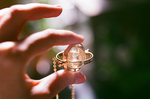 spatiale:  Hermione's Time-Turner necklace by inmost_light on Flickr.