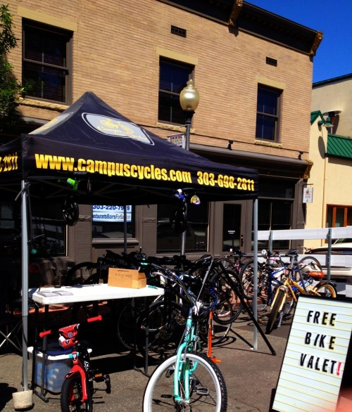 Nice to see Campus Cycles running a bike valet at the Old S Pearl St Farmers Market.