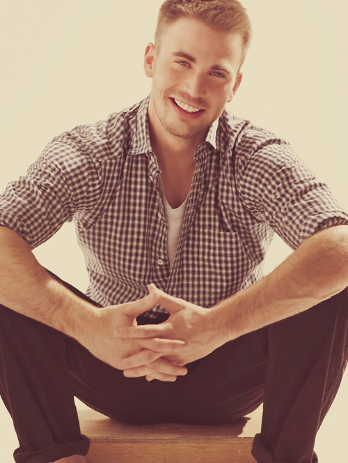 ♕ 3/50 pictures of Chris Evans.
