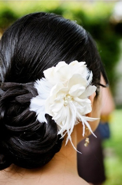 Perfect bridal hair inspiration!