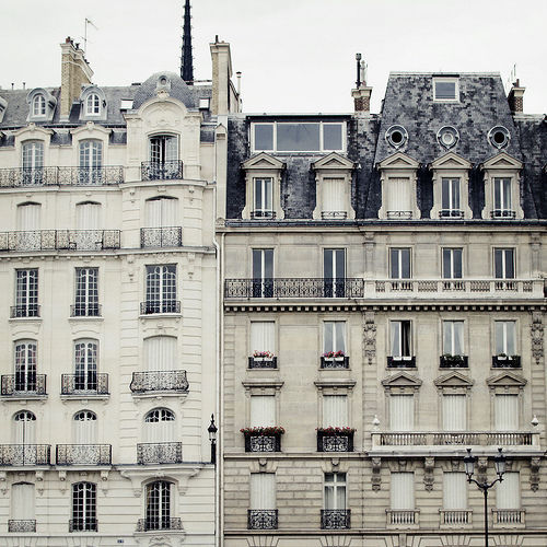 I want to live in that kind of apartment in 4 or 5 years <3 PARIS !