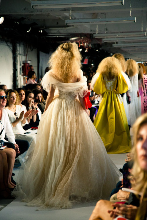 rocks-of-all-colors:  Oscar de la renta
