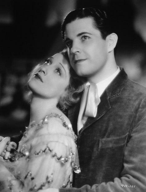 Jeanette MacDonald, Ramon Novarro in The Cat and the Fiddle (1934). Look at their lovely eyes, they're glowing.