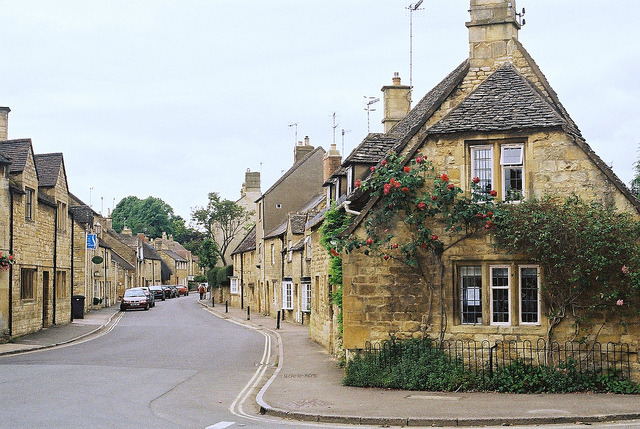 pretty houses in chipping campden by ghosting- on Flickr.