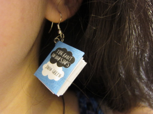 effyeahnerdfighters:  I made TFIOS earrings and wore them to school. I found lots of nerdfighter friends that day. submission from burstsofenthusiasm