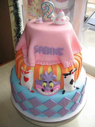 alice in wonderland cake (by Divine Cakes Iloilo)