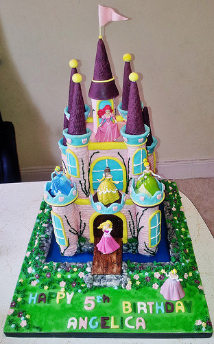 Disney Princess Cake (by Cakes with Hart)