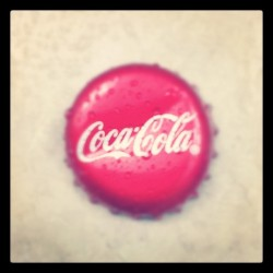 Coca Cola cap #coca #cola #cap #red #glass #bottle #cl_photography  (Taken with instagram)