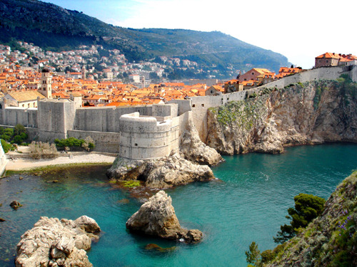dubrovnik, croatia  | by ? | via eeeooo