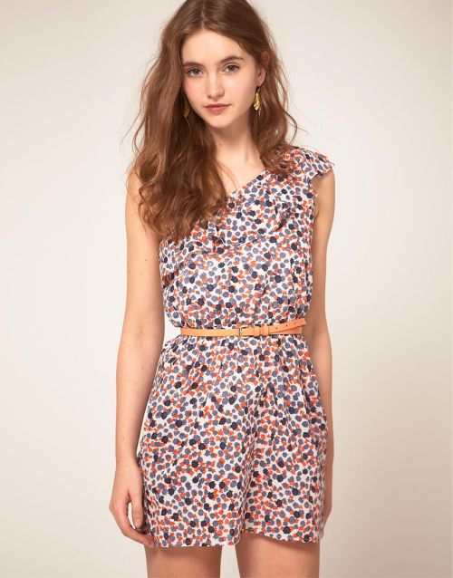 People Tree One Shoulder Dress in Floral PrintMore photos & another fashion brands: bit.ly/LtF6Ba