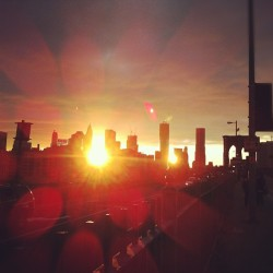 #sunset on the #brooklyn bridge with @tazdvl86 (Taken with instagram)