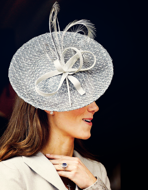 duchess-catherine:  08/100 favourite photographs of catherine, the duchess of cambridge (♔)