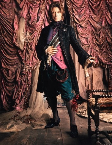 steampunktendencies:  David Bowie by Mark Seliger NYC, 1999
