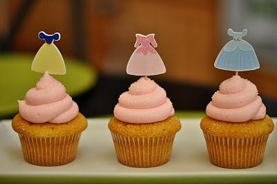 (via Sweetharts Cupcakes)