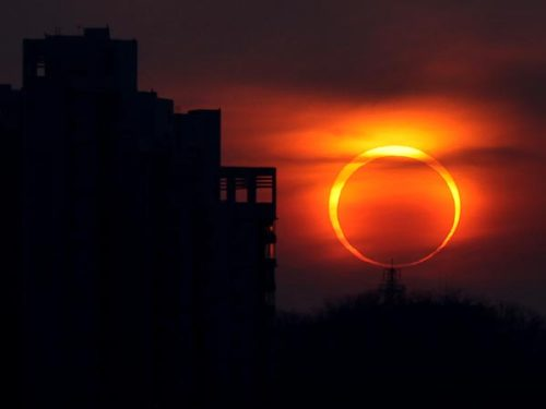 strawbiery:   Picture of the eclipse on May 20, 2012 over China.  my god