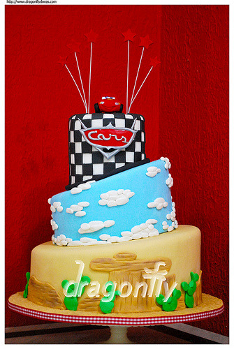Cars Cake / Bolo com tema Carros (by Dragonfly Doces)