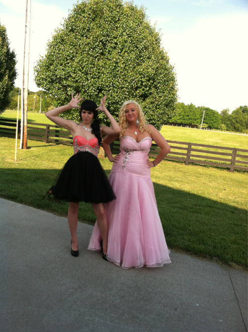 I went to prom last night wiff my baby girl! XD