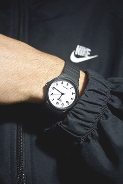 tilliebrowwn:  jamiethecreat0r:  ~  WE HAVE THE SAME WATCH OMG IVE ONLY JUST NOTICED