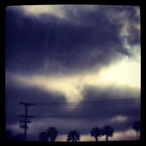 #eclipse #losangeles #thelasttelephonepole #iphoneonly #iphonography  (Taken with instagram)