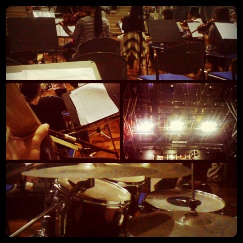 Rehearsal for CiPTA Concert.#music #ciptaconcert #unimas  (Taken with Instagram at Experimental Theater FACA)