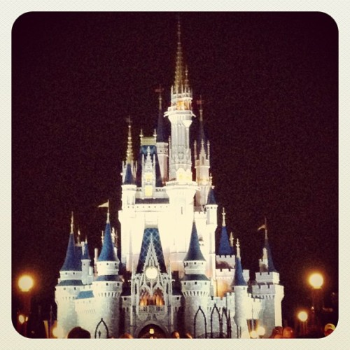 Dream big. (Taken with Instagram at Cinderella's Castle)