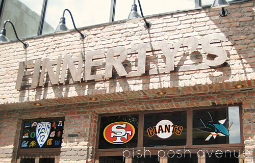 pishposhavenue:  Finnerty's - a Bay Area bar in the middle of New York   This makes me so happy