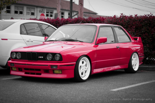 therealjswain:  John's freshly fitted BMW E30 M3 Photo by me. Reblog/Follow me/Check my flickr for more rad shit.