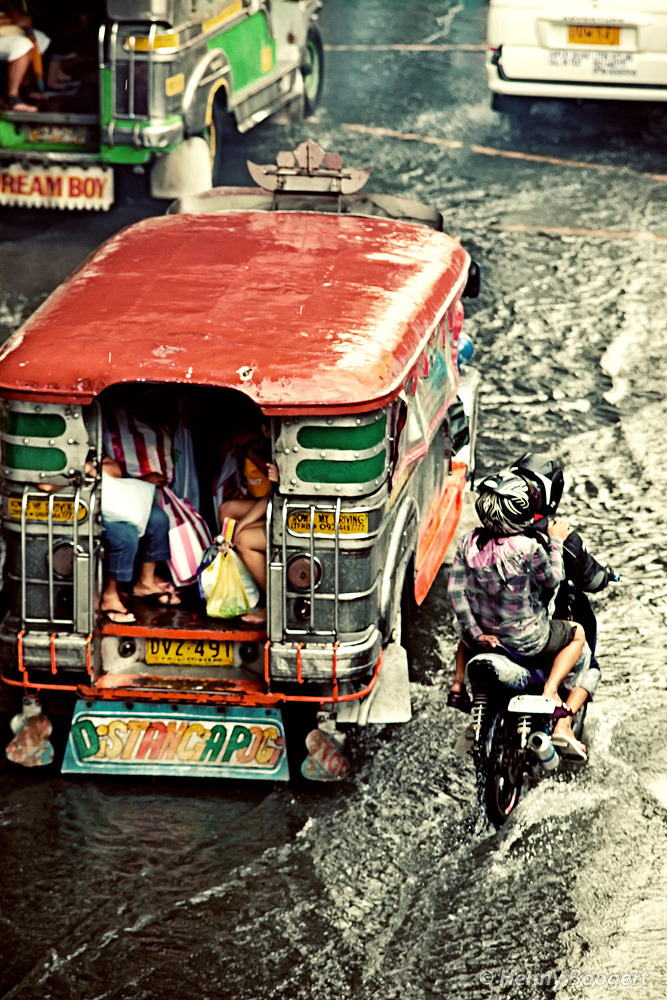 Staying Dry in a Jeepney | Life in Manila - Philippines, October 2011