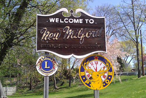 "New Milford, New Jersey — ""The Birthplace of Bergen County"" (1995-1999) <33"